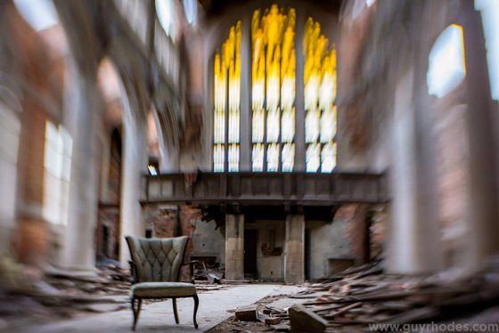 I've never shied away from using Lensbaby products to capture subjects that have an ethereal or other worldly quality, such as the abandoned church I chose as my subject to test the Lensbaby Optic Swap System, including the Lensbaby Sweet 35 Optic (pictured above), and the Lensbaby Edge 80 Optic.