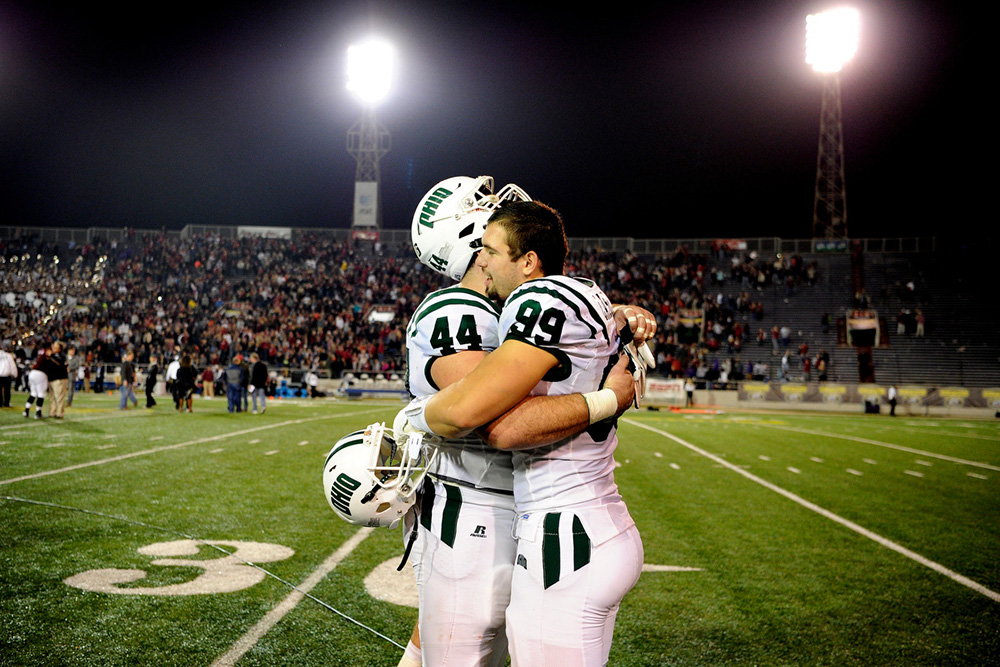 Ohio Bobcats Casey Sayles (44), Ohio Bobcats Kurt Laseak (99) (Sarah Stier | Ohio Athletics)